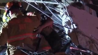 Miami Beach: Menor de edad fue rescatado tras el derrumbe de un edificio de 12 pisos