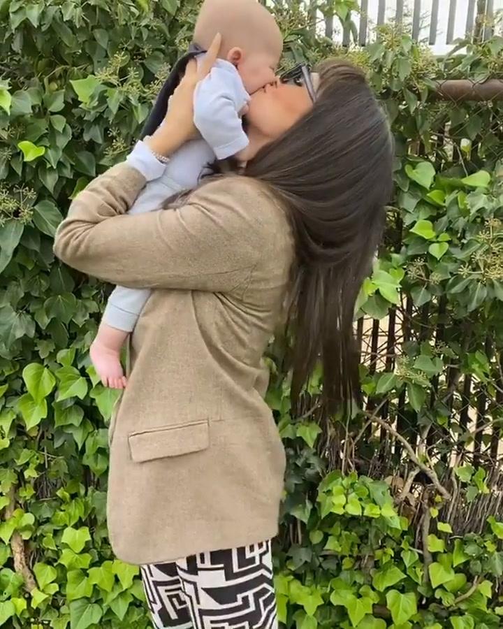Sara Sálamo está encantada con su hijo