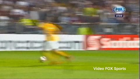 Rubilio Castillo falló un gol cantado contra Tigres en la Concachampions