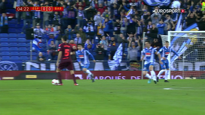 Så du det? Busquets tryller med flotte driblinger mod Espanyol!