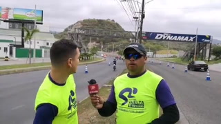 Fredy Posadas y Alexeiv Morales viven la emoción de los ciclistas