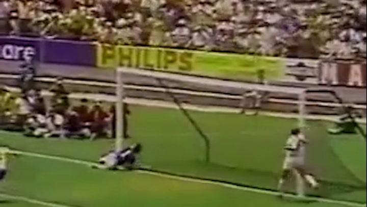 La parada de Banks ante Pelé, considerada la mejor de la historia