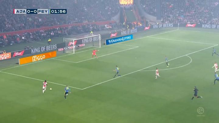Los aficionados holandeses tardarán unos meses en poder disfrutar de la Eredivisie