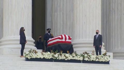 Abuchean a Trump durante los funerales de la jueza Ginsburg en la Corte Suprema