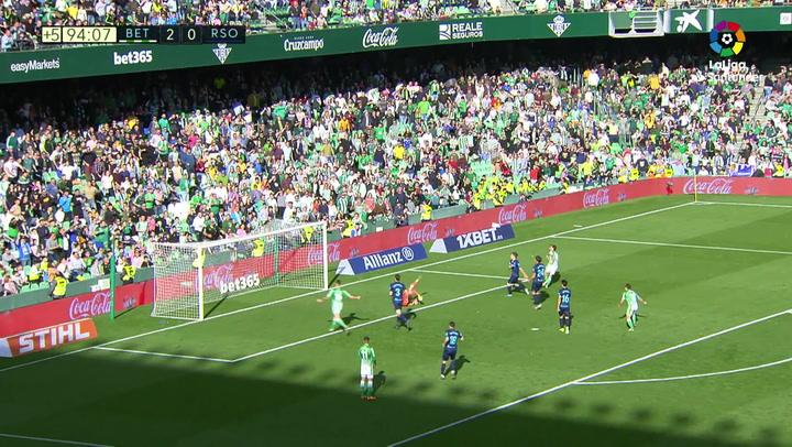 Gol de Canales (3-0) en el Betis 3-0 Real Sociedad