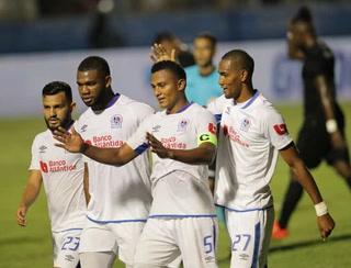 Olimpia está venciendo cómodamente a Honduras Progreso al término del primer tiempo