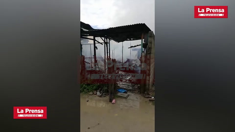 Incendio consume varias viviendas en San Pedro Sula