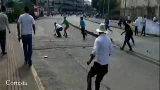 Así comenzó el enfrentamiento en marcha de nacionalistas en la capital