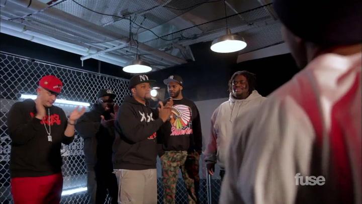 Aye Verb vs. Big T - Total Slaughter Rap Battle