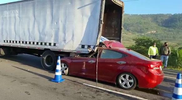 Honduras: Muere conductor tras impactar contra un camión en la salida al norte de Tegucigalpa