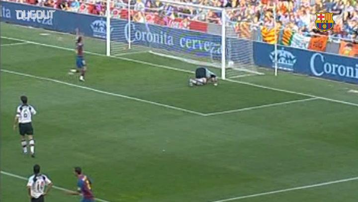 Ronaldinho's forgotten strike against Valencia