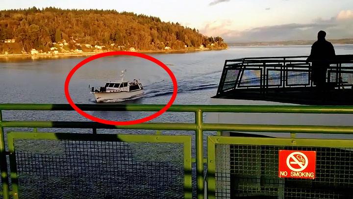 Uvitende yachtfører kjørte rett inn i ferge