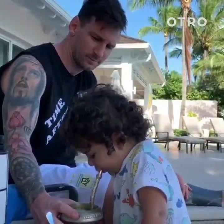 Ciro Messi sigue los pasos de su padre y se apunta a la moda del mate