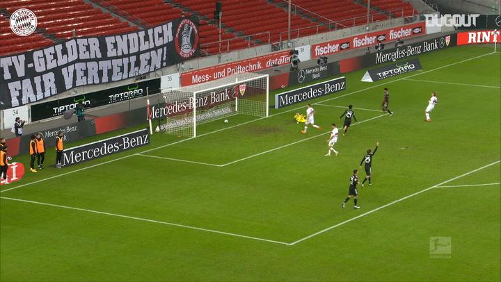 Lewandowski lashes home vs Stuttgart