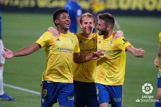 Choco Lozano anotó un doblete con el Cádiz y acaricia la primera de España