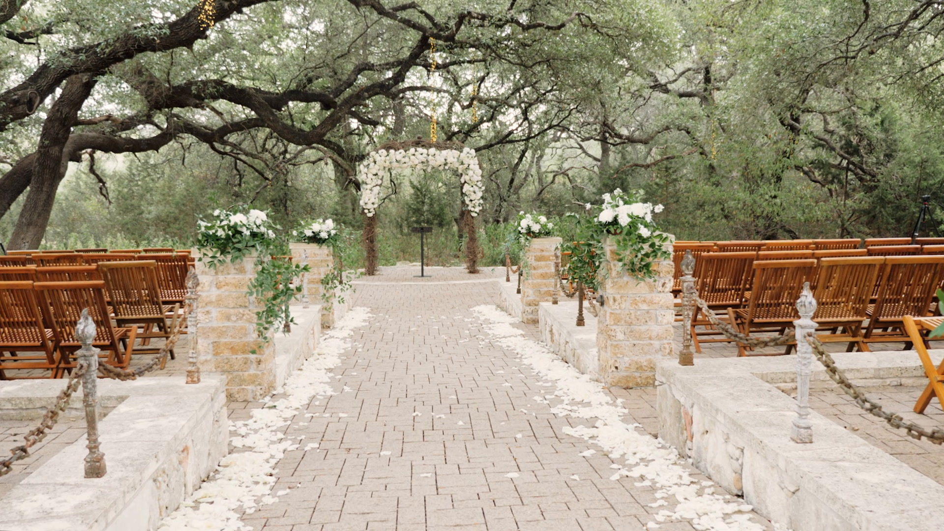 Shelbea + Will | Austin, Texas | Sacred Oaks at Camp Lucy