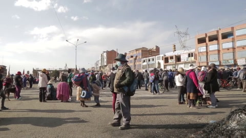 Gobierno de Bolivia ordena a militares y policías resguardar sitios estratégicos