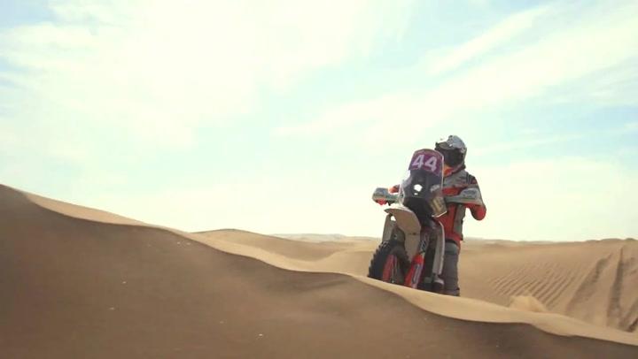 Laia Sanz hace historia en el Silk Way Rally al terminar la dura prueba en séptima posición de la general