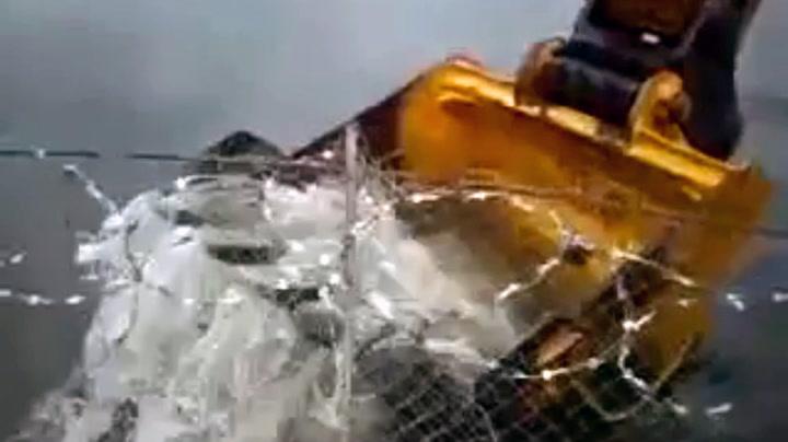 Slik tjuvfisker man i Russland