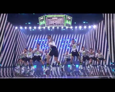 Hombres bailando en tacos sorprenden en Americas Got Talent