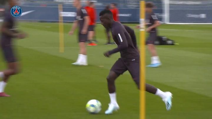 Sesión de entrenamiento del PSG previo al partido contra el Rennes (19/08/2019)
