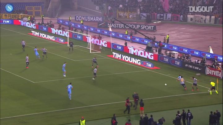 Napoli bate Juventus e fatura Copa Itália de 2012