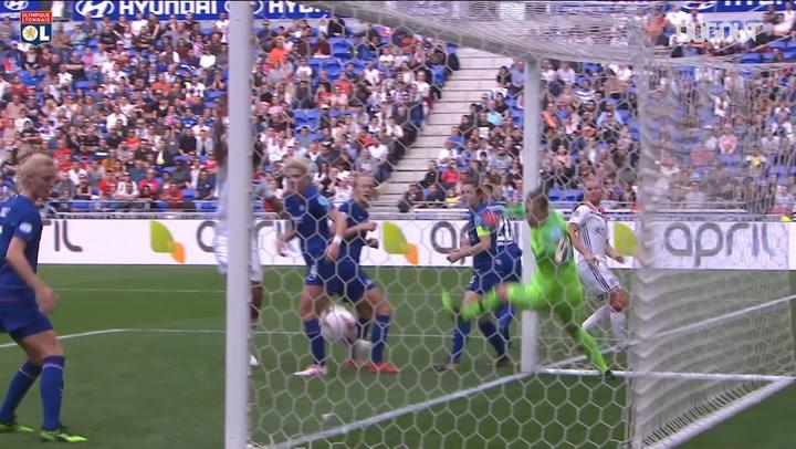 Amandine Henry's header seals victory over Chelsea