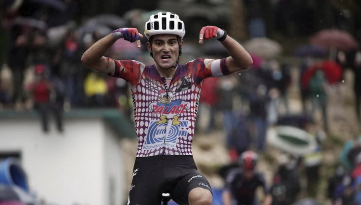 Resumen de la novena etapa del Giro de Italia
