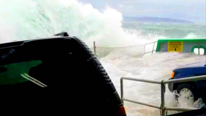 Bilister fikk seg helvetestur på ferge i røff sjø