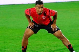Alex López ya está integrado al grupo con el Alajuelense y podría sumar sus primeros minutos el fin de semana