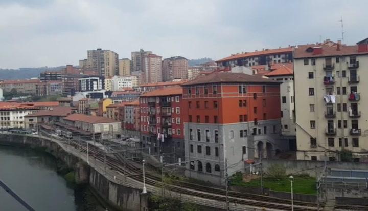 Los balcones de Bilbao entonan el himno del Athletic