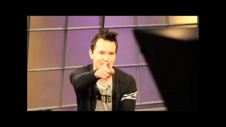 Shows: Hoppus on Music: Inside Peek