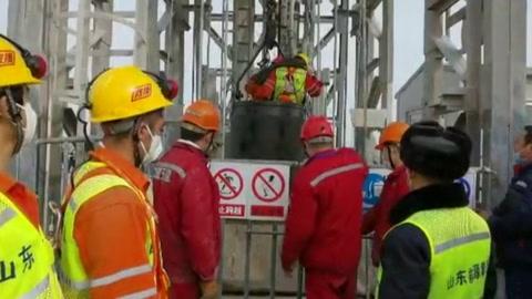 Rescatados 11 de los mineros atrapados en China