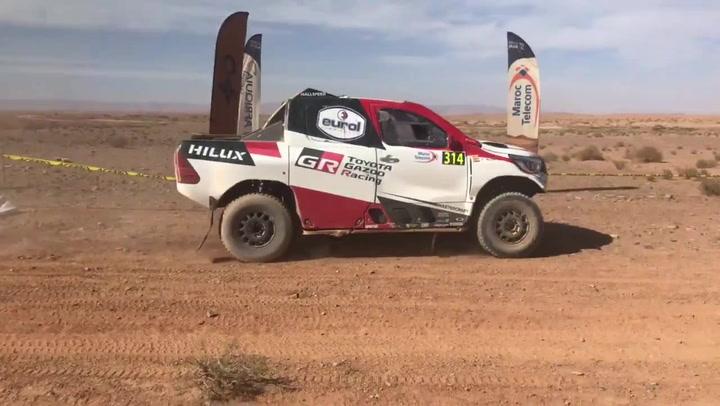 Así llegó Fernando Alonso tras su primera especial en el Rally de Marruecos