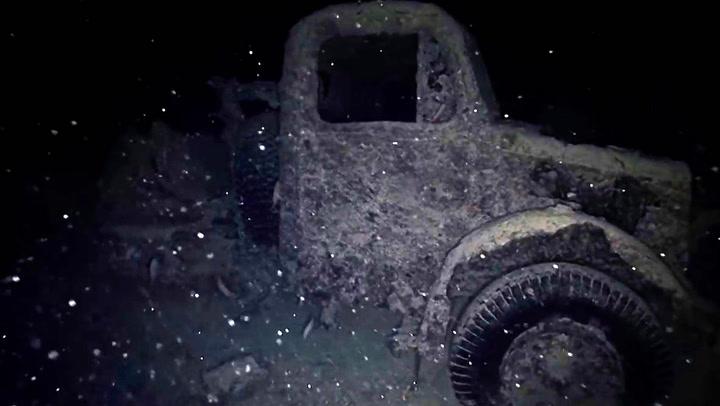 Skipsvrak fra krigen skjuler intakte bilvrak