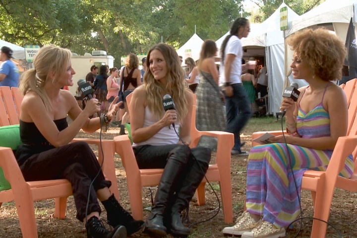"Festivals: Austin City Limits 2013: Court Yard HoundCourt Yard Hounds Say Iraq War Made Dixie Chicks ""More Serious"""