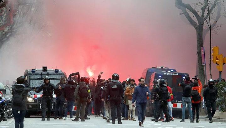 Altercados en Barcelona por culpa de los 'hooligans' del Olympique de Lyon