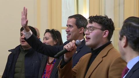 Guaidó pide unidad a diáspora venezolana en París tras reunirse con Macron