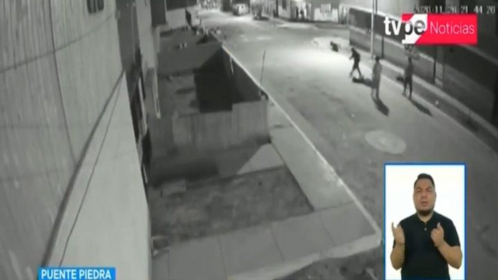 Hombre golpea a pareja y ataca con palo a vecinos