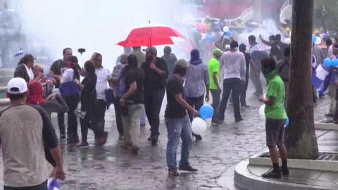Al menos tres heridos deja una manifestación opositora en Nicaragua