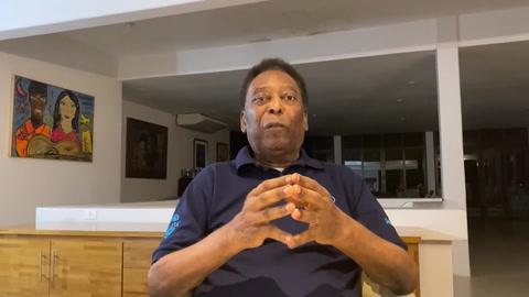 Pelé agradece a Dios por estar lúcido a las puertas de sus 80 años