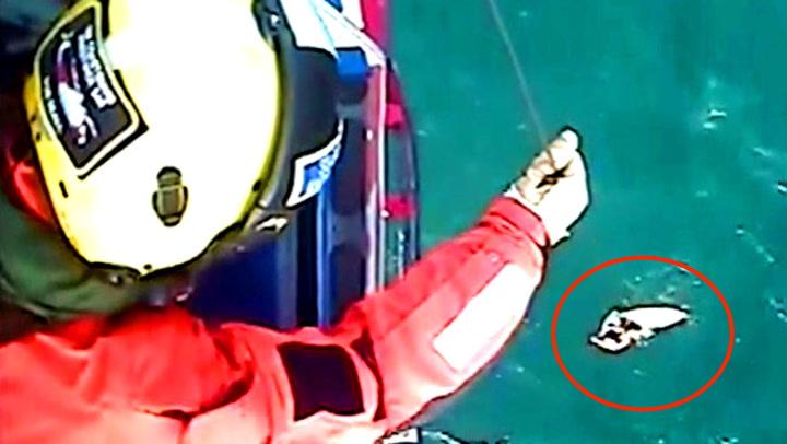 Her reddes den forfrosne mannen etter 30 timer i vannet