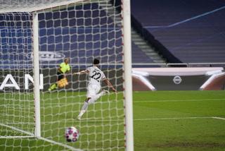 Bayern Múnich se está cocinando un festival del goles ante Barcelona, Gnabry marca el tercero