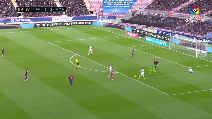 Gol de Modric (1-3) en el Barcelona 1-3 Real Madrid