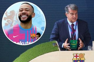 Laporta ya se lo comunicó: El delantero que se marcha del Barcelona por el fichaje de Memphis Depay