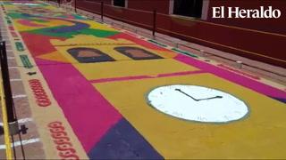 Comayagua exhibe alfombra demostrativa de 100 metros de largo