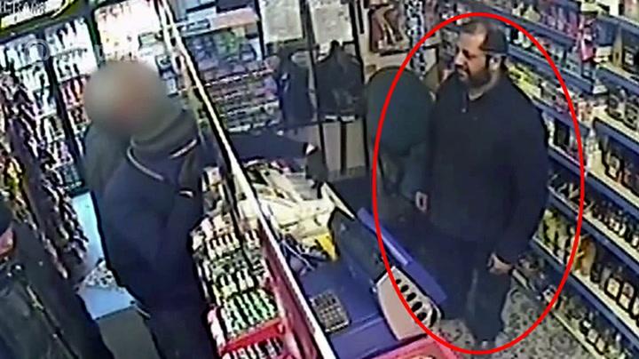 Butikkeier ble truet med pistol - lot seg ikke skremme