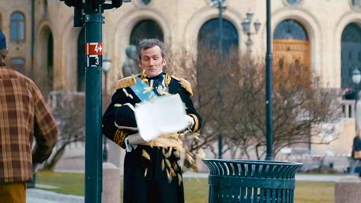 Slutt å kaste søppel på Karl Johan!