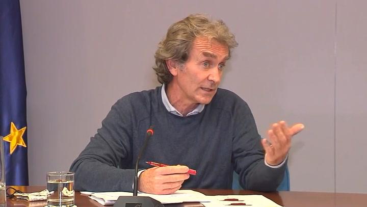 Simón avisa de que España no está en condiciones de relajar las medidas