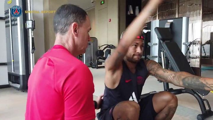 Neymar se entrena en China con el PSG